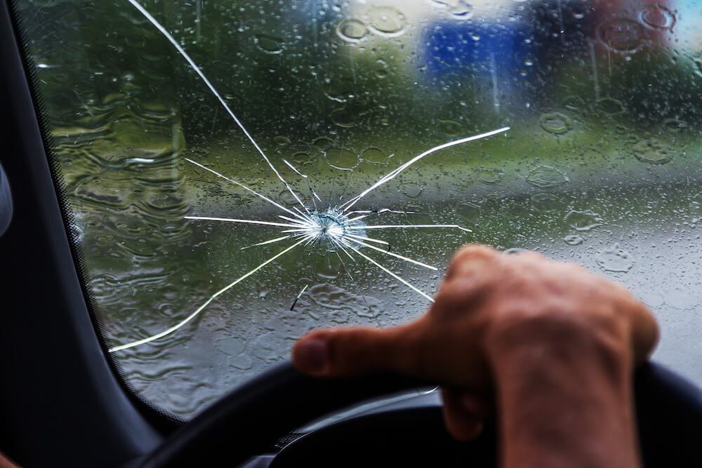 Does car insurance cover chipped windshield