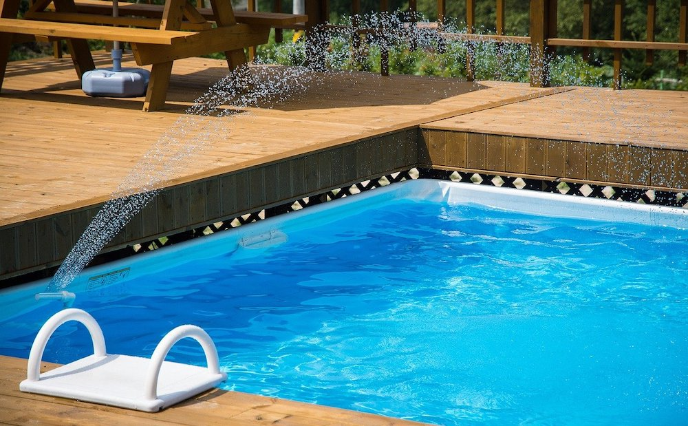 does home insurance cover swimming pools?